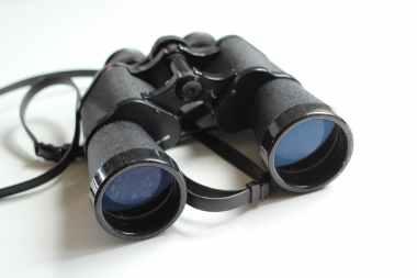 binoculars-old-antique-equipment-55804.jpeg